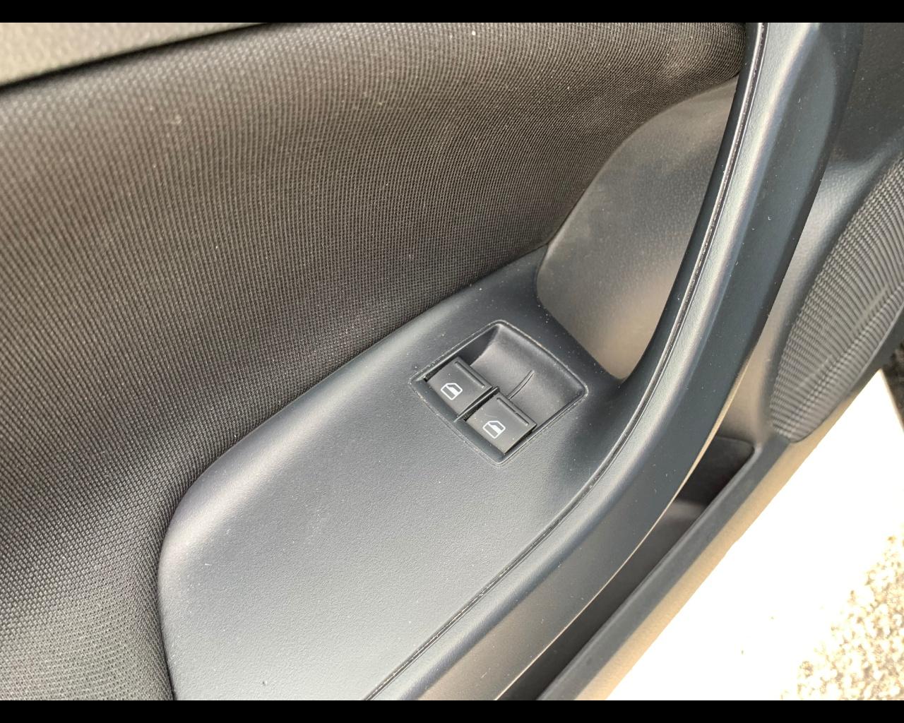 Foto SEAT Ibiza 1.6 tdi 105cv CR FR SC
