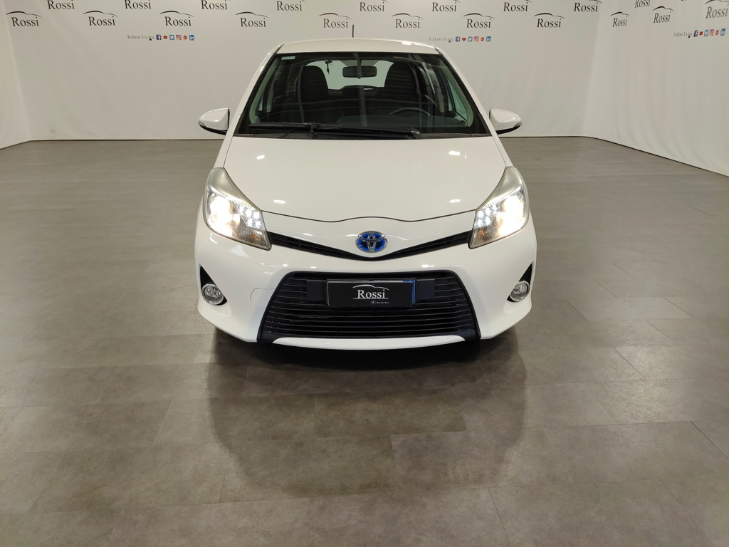 Toyota Yaris 1.5 hybrid Lounge 5p