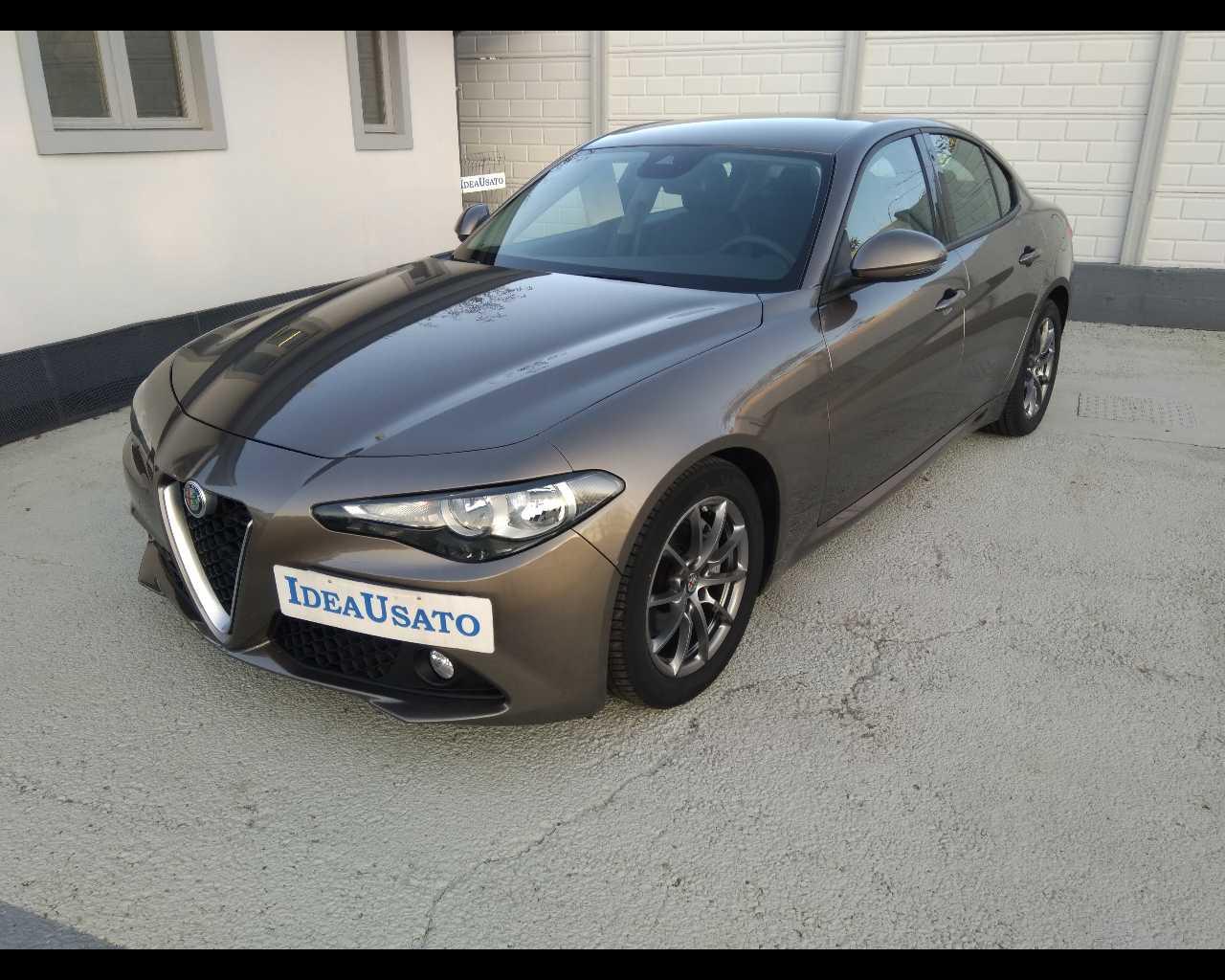 ALFA ROMEO  giulia 2.2 t Super 150cv, Diesel, €18.900 - Giulia Diesel - Giulia 2.2 T Super 150cv